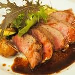 トラットリア ルチアーノ - イベリコ豚のホホ肉のグリル