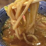 六厘舎 TOKYO - 力強い太麺