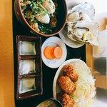 かき小屋 小江戸 - 焼き牡蠣定食