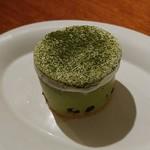 カフェ エスケープ - 抹茶のチーズケーキです