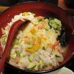 酒と肴 海鮮丼 海山 - 鯛だしを入れた後の名物 海山まかない海鮮丼 松