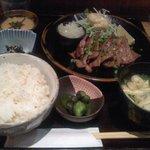 黒長兵衛 - 牛タン炙り定食