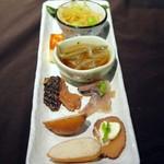 東北うまいもの酒場 プエドバル - 東北のおつまみ前菜盛合せ:TOHOKU