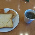 東横INN - 料理写真:パンとコーヒー