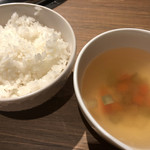 92268895 - ご飯とスープ(特選6種の焼肉ランチセット)
