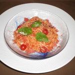 カフェダイニング宏 - 季節のパスタ・夏、のトマトの冷製パスタ。夏には冷やしがいいですよね