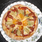カフェダイニング宏 - ディナーメニューの「オリジナル・ピザ」。たまにランチにも登場するらしい。