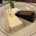 92272938 - チーズケーキ&チョコケーキ