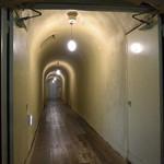 四万温泉 積善館 - 浪漫のトンネル