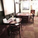 安藤醸造 - オサレで現代風な部屋もあります。