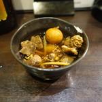 七津屋 - 鳥肝煮(200円):いろんな部位の肝と金柑入り♪