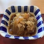Kyoutokameokashokudou - ●肉じゃが302円税込