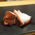 鮨 はしもと - 塩茹での明石の蛸