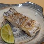 鮨 はしもと - 東京湾の太刀魚の塩焼き