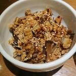 雨は、やさしく - 椎茸と揚げゴボウの炊き込みご飯