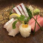 玄海鮨 - 間八・本鮪 中トロ・真鯛・槍烏賊