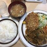 キッチンABC 江古田店 - カレー焼肉定食とメンチカツ  850円
