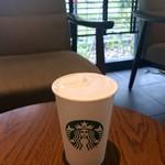 スターバックスコーヒー - ドリンク写真:ムースフォームラテ(T) 475円