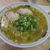 白龍 - 料理写真:「ラーメン」(450円)。コスパ最強!