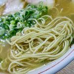 白龍 - じっくり味わいたい旨みたっぷりのスープ。麺も美味しかったです。