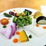 肉ばたけ - ごろごろ季節野菜のパレット