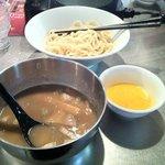 KUMEN - 豚骨つけ麺と無料の卵