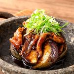丸茄子と琉球長寿豚の石焼きステーキ
