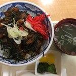 ピノキオ - 料理写真:炭火焼鳥丼 (´∀`)/ セット
