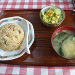 どさん娘 - 料理写真:炒飯