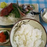 つちや食堂 - マグロ とサンマ