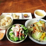 菜食vegecafeはっちとみつ - 料理写真:大豆ミートフィレの回鍋肉1250円 これにドリンクがつきますw
