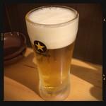 一軒め酒場 - 生ビール 390円