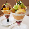 タカノフルーツパーラー - 料理写真:桃とピオーネとシャインマスカットのパフェ
