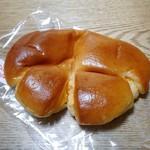 リシェ  - とろけるクリームパン