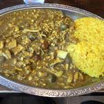 ゴカルナ - ひき肉のカレー 大盛