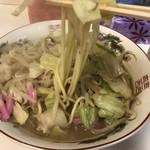 まるしげラーメン - 麺リフト