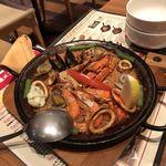 タパスブランコ - 魚介のパエリア
