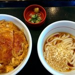 なか卯 - 料理写真:カツ丼並と冷し小うどんセット770円