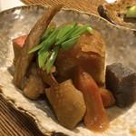 宮崎料理 万作 - 名物の旨煮