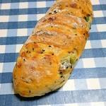 パンドコマ - 料理写真:枝豆パン