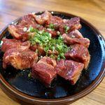 炭火焼肉ホルモン 七輪坂井 - やわらかヒレ横肉