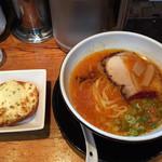 拉麺ひらり - トマチリ・ペペロンチーノ&チーズトースト