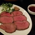 wine & kitchen Beeftei - ローストビーフ980円