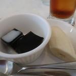 ブルー ムーン カフェ - コーヒーゼリー、バナナ