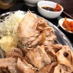 鉄板焼 京都 梅しん - 南国フルーツポークの豚バラ定食