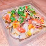 秋鯖の利尻昆布〆と梨、茗荷のサラダ 自家製かぼすポン酢