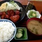 せいちゃん食堂 - 唐揚げ定食(ご飯大盛)