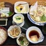 味の店 天然活魚 なかにし - 料理写真:いか天麩羅御膳・810円