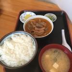 永井食堂 - もつ煮定食(半ライス)
