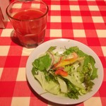 ナポリの下町食堂 - ランチサラダとドリンク
